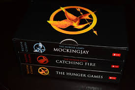 the hunger games trilogy boxed set book review john s space the trilogy is the hunger games the hunger games catching fire and mockingjay they are a single story told in three books