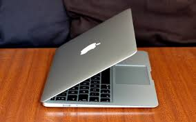 MacBook Air (2017) review: An old friend shows its age - cnet