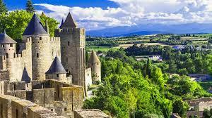 Region Okzitanien - Im Märchenschloss Carcassonne in Südfrankreich