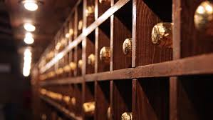 23 sep tips to light your wine cellar the right way