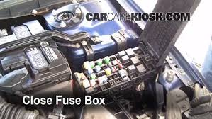 blown fuse check 2006 2009 ford fusion 2006 ford fusion se 3 0l v6 06 ford fusion fuse diagram 6 replace cover secure the cover and test component