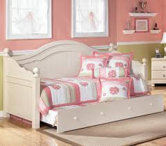 Signature Design by Ashley Cottage Retreat Day Bed with Trundle - Item  Number: B213-
