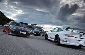 Porsche says that during development the 911 gt3 997 recorded a 7:47 lap around the benchmark nürburgring nordschleife circuit. Porsche 911 Gt3 Rs 4 0 A Race Car With License Plates