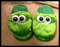 Stompeez Slippers Size Chart Andersons Angels Holiday Gift Guide Stompeez Review Giveaway