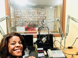 "Nicole Henry on Twitter: ""Psyched to be back in the igloo with The Real Tracy  Fields @WLRN 91.3FM. Tune in!! https://t.co/tOvK5yaJju… """
