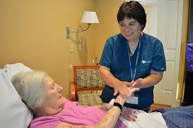 Why I Love Being A Hospice Aide Care Dimensions Voices Of Care Blog