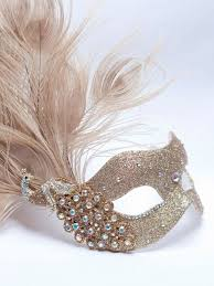 Mask Decoration Ideas 60 Refined And Unique Masquerade Wedding Ideas Weddingomania 31