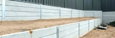 building a retaining wall on a slope with blocks how to build a retaining wall with