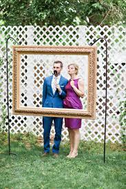diy hanging frame wedding photo booth