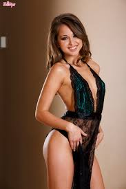 Riley Reid Free pics videos biography
