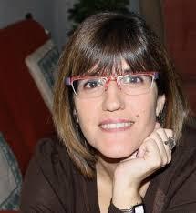 Y tenemos el placer de presentaros al Profesor del Mes de Febrero, Isabel Ruiz, una docente de intensa vocación y alta visibilidad en redes sociales. - copia%2520(2)