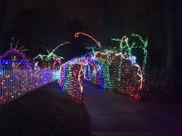 Winter Walk Of Lights November 26 First Timers Guide To The Garden Of Lights At Brookside