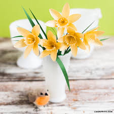 Daffodil Paper Flower Pattern Simple Paper Flower Daffodil Pattern And Tutorial To Print And Make