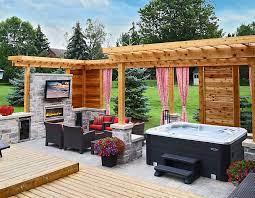 15 stunning hot tub landscaping ideas