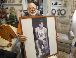 Move over, Kevin Durant: Meet Albert Almanza, Texas' first two ...