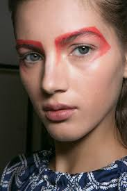 all of the best eye makeup looks from the spring 2016 runway shows bold red eyeshadow