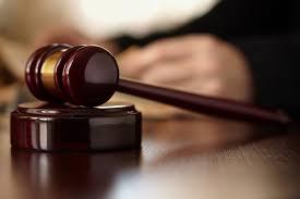 Risultati immagini per giudice rifiuta