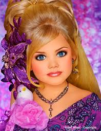 natural beauty pageants just as bad as glitz beauty pageants   pageant extraordinaire eden wood age 9 shows how extreme the makeup and hair is for glitz pageants she doesn t even look real
