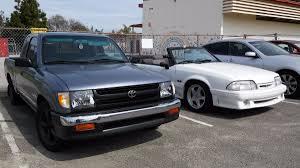 p51 vert's 1998 Toyota Tacoma on Wheelwell