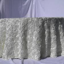tablecloth 120 round white roses