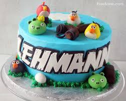 Angry Birds Cake Lehmann 590x472