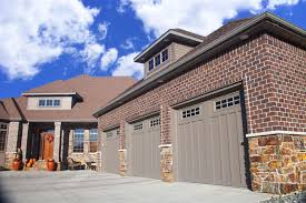 midland garage door manufacturing company has been building industry leading residential and commercial overhead doors since 1978