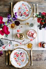 Wedding table inspirations // What an incredible ladies brunch created by  Leah Bergman of Freutcake and Anthropologie! This event is so beautifully  styled