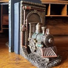 lootive tunnel bookends