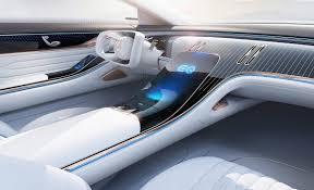 La berlina de lujo por excelencia llega al mercado con una gama inicial de motorizaciones compuesta por bloques de seis cilindros en línea diésel y gasolina. Descubre Las Novedades Y Misterios En El Interior Del Nuevo Mercedes Clase S 2021 Motor Es