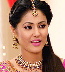Mumbai: Actress Hina Khan, the main lead of the popular TV show `Yeh Rishta Kya Kehlata Hai`, says she didn`t know the nuances of acting when she was signed ... - hina-khan-319