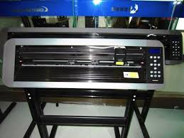 china pcut cth630 vinyl cutter with laser point for sign making and diy vinyl sticker supplier