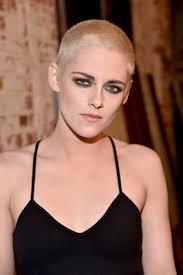 Všichni Na Ježka Proč Se Celebrity Jako Katy Perry Stříhají Téměř
