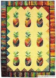 27 best pineaple quilts images on Pinterest   Hawaiian quilts ... & pineapple quilt - something kind of like this but in yellow and green batik Adamdwight.com