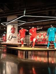 Established in 1987 in missoula, mt, it is the oldest microbrewery operating in montana. Allianz Arena Fc Bayern Store