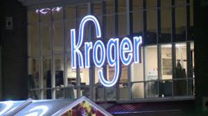 kroger the biggest supermarket chain in the u s is threatening to bar the use of visa cards in a dispute over the swipe fees it pays to handle