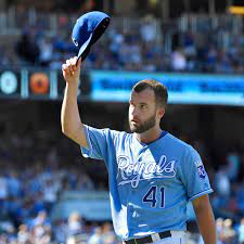 Royals trade Danny Duffy to the Dodgers ...