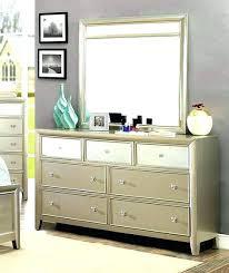 Mirror Finish Bedroom Furniture Mirror Finish Dresser Mirror Finish Dresser  Furniture Of Transitional Silver Set Black
