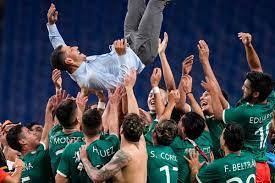 Cordova leads Mexico to soccer bronze ...