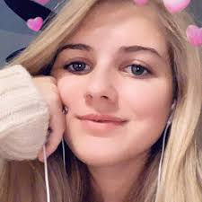 Shark Attack Online: Student Profile: Ava Hanson