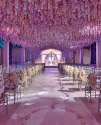 26 Stunningly Beautiful Decor Ideas For Indoor And Outdoor Weddings (16)