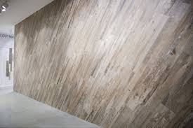 <b>Estima Spanish Wood керамогранит</b> под дерево купить в Москве