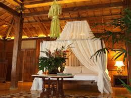 Tropical Bedroom Decor Hawaiian Bedroom Decor Pierpointspringscom