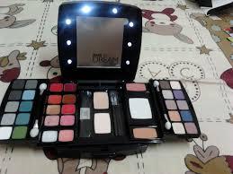 make up oriflame cosmetics
