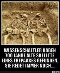 Wissenschaftler Haben 700 Jahre Alte Skelette Eines Ehepaares