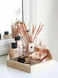 the best ways to organise your makeup