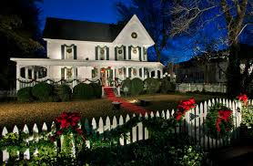 Dazzling Christmas Centerpieces mode Other Metro Traditional Exterior Image  Ideas with Christmas decorations Christmas wreath entrance entry ...