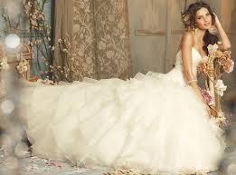 top five 2016 wedding dress ideas for romantic bride