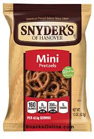 snyder mini bite size pretzels 1 5 oz bag