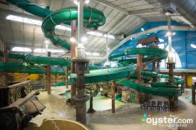 almost everyone who books a room at mt olympus resort is doing so for free access to the enormous indoor and outdoor water parks and theme parks