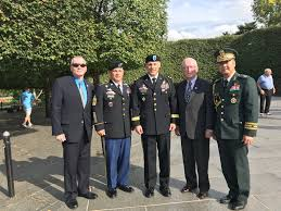 "2id.assn on Twitter: ""2ID Association at the AUSA Meeting. From left: Mike  Davino; 2ID CSM Phil K. Barretto; 2ID CG D. Scott McKean; 2IDA Past  President Aves Thompson; and BG Pyo, See Woo, ROK Defense Attache; at the  Korean War Monument wreath ..."